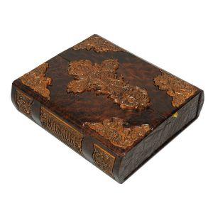 Библия (в коробе иконостас-складень с дер. вставками, крашеный обрез)